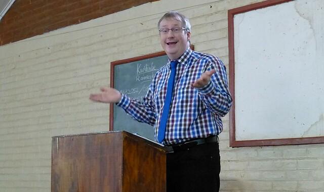 Michael Rohde predigt am Seminar